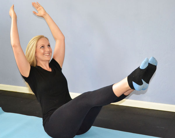 Pilates & Yoga at Home. Bodydynamics